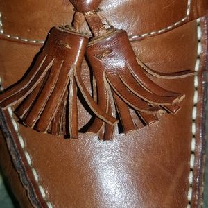 tan leather loafers size 10